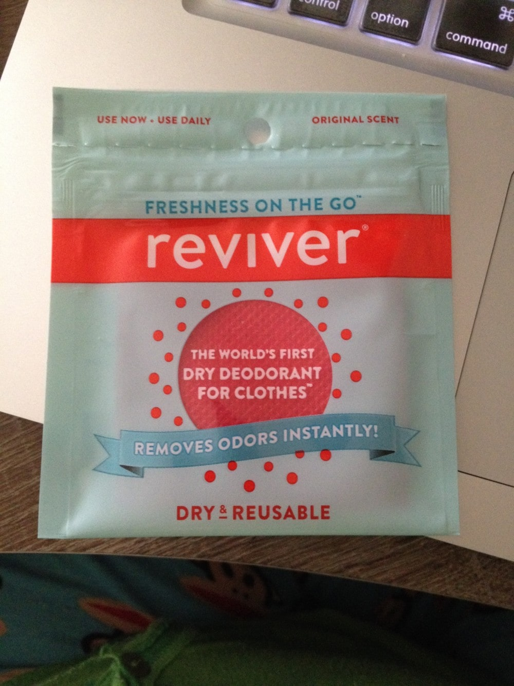 Reviver The World's First Dry Deodorant for Clothes {Review}