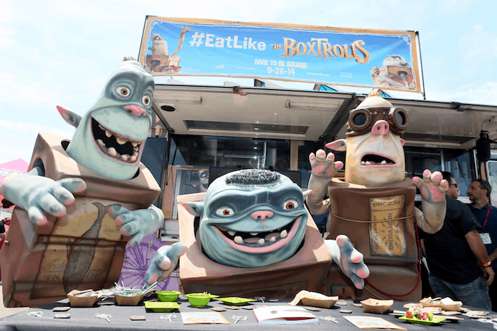 Fans Eat Bugs (Like The Boxtrolls) at Comic-Con