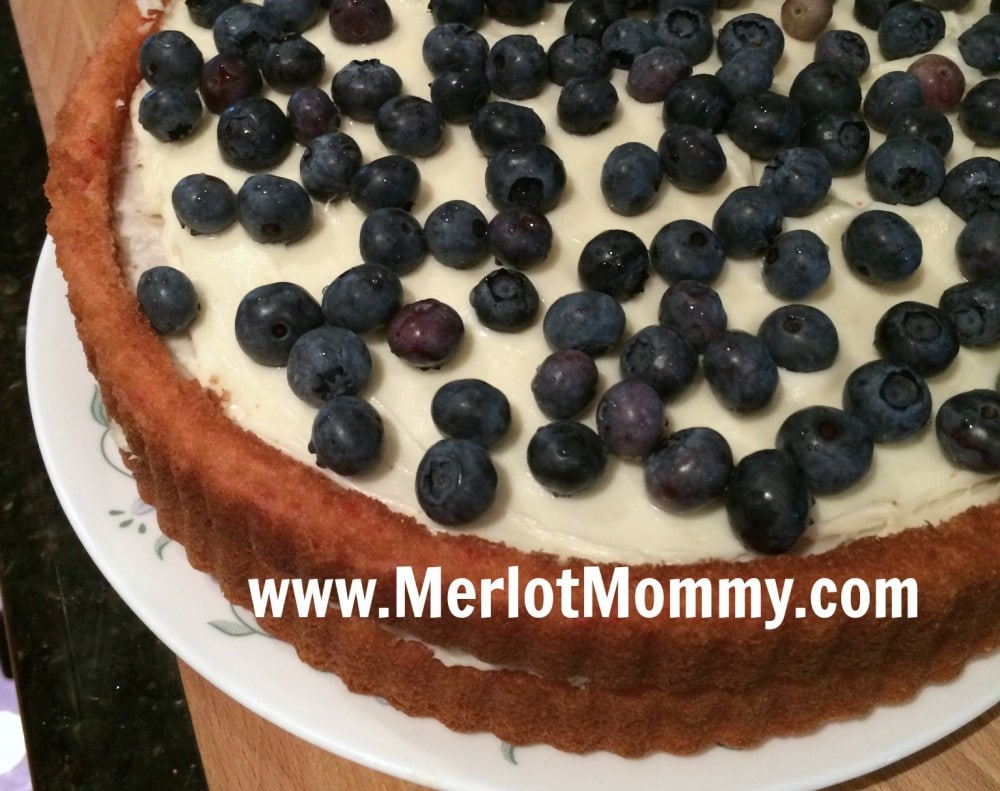 Easy Red, White, and Blueberry Cake {Recipe} #KidsInTheKitchen