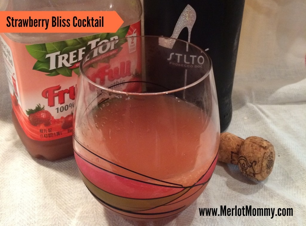 Strawberry Bliss Cocktail {Recipe}