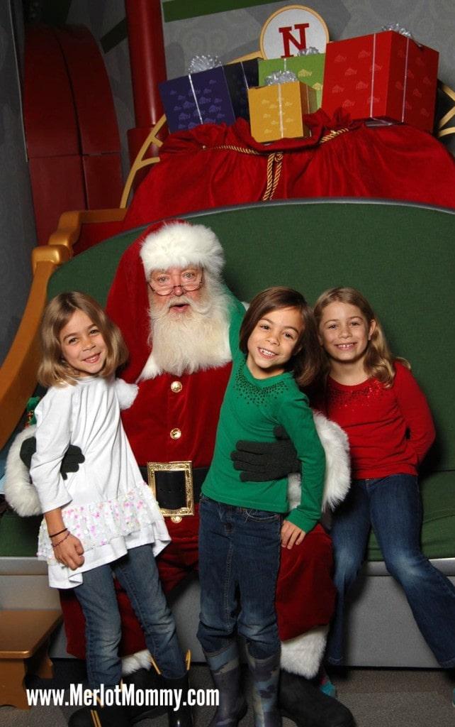 HGTV Santa HQ at Washington Square Mall, Portland