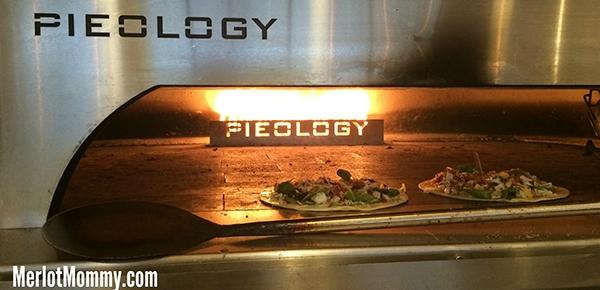Pieology Pizzeria Custom Artisan-Style Pizzas #pdx
