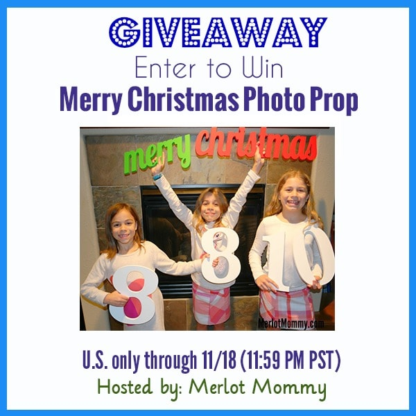 Create Your Own Family Holiday Cards with Custom Photo Props