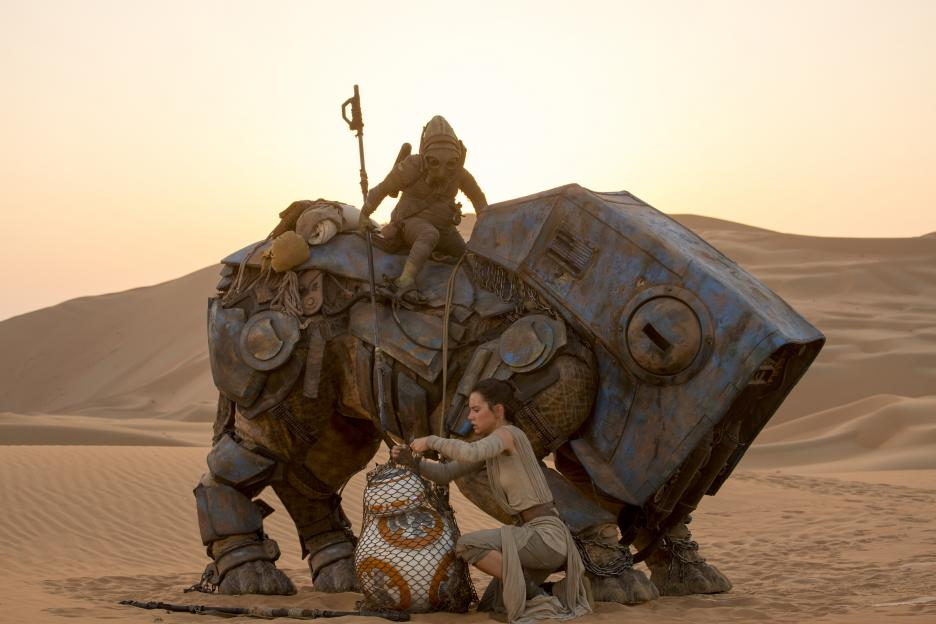 JJ Abrams Talks All Things Star Wars in Exclusive Interview (Part 1)