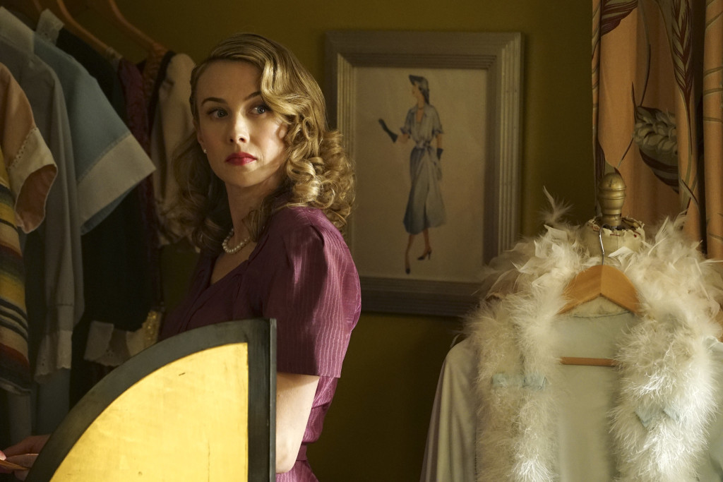 Marvel's Agent Carter: Exclusive Interview with Executive Producers Tara Butters and Michele Fazekas
