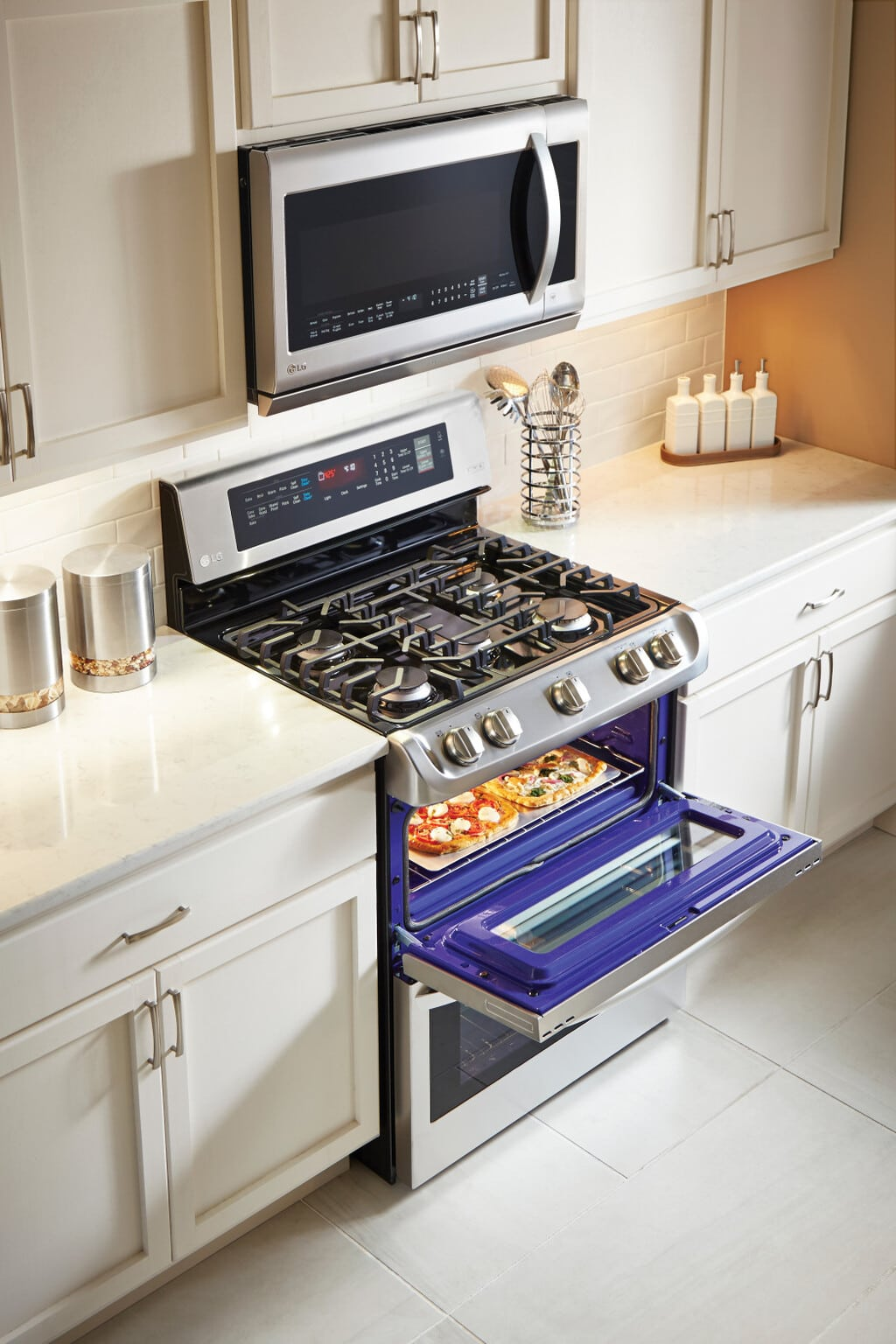 Prep for the Holidays with LG ProBake Double Oven