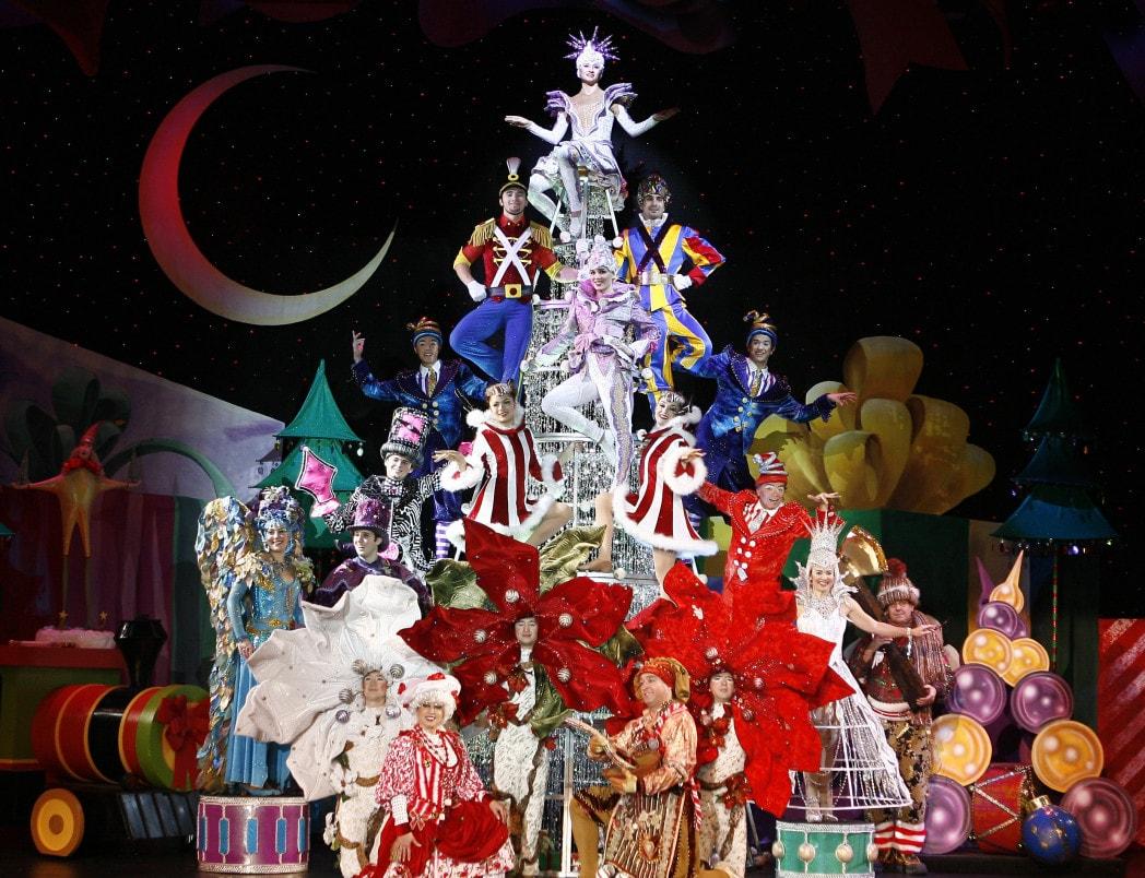 Cirque Dreams Holidaze Boston