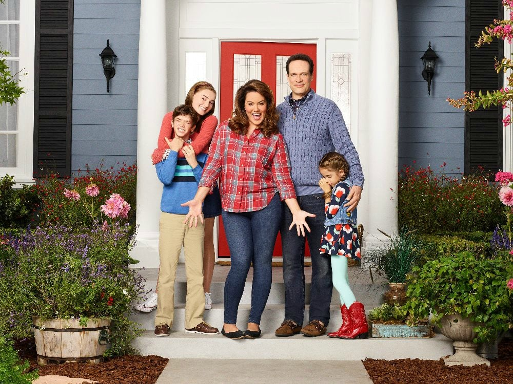 American Housewife - Exclusive Interview with Katy Mixon