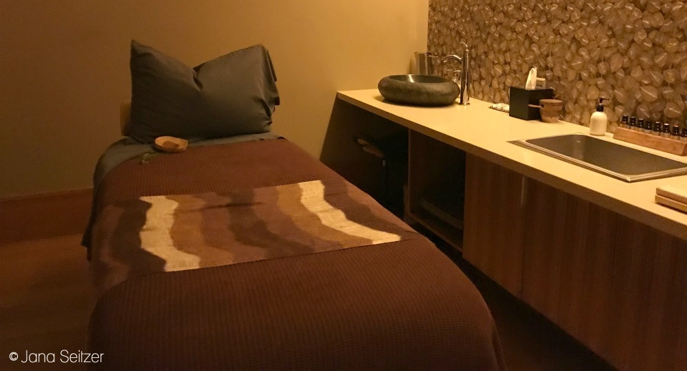 The Spa at Cedarbrook Lodge Room