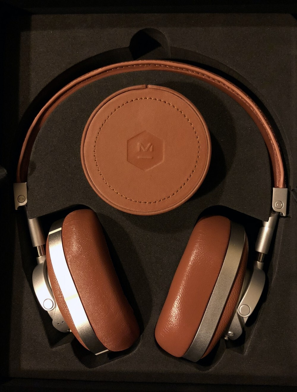 Enjoy Superior Sound Quality with Master & Dynamic Over-the-Ear Wireless Headphones - packaging