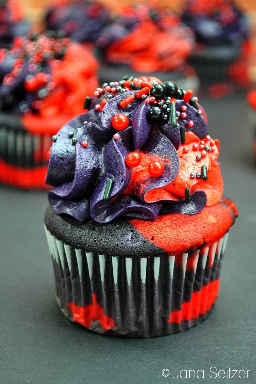 Marvel Deadpool Cupcakes