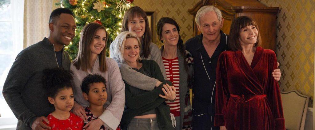 happiest season family photo