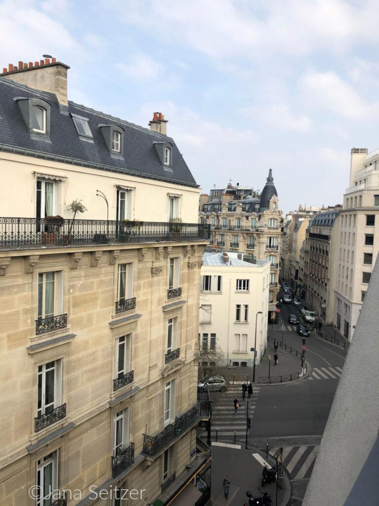 Citadines Trocadéro Paris view