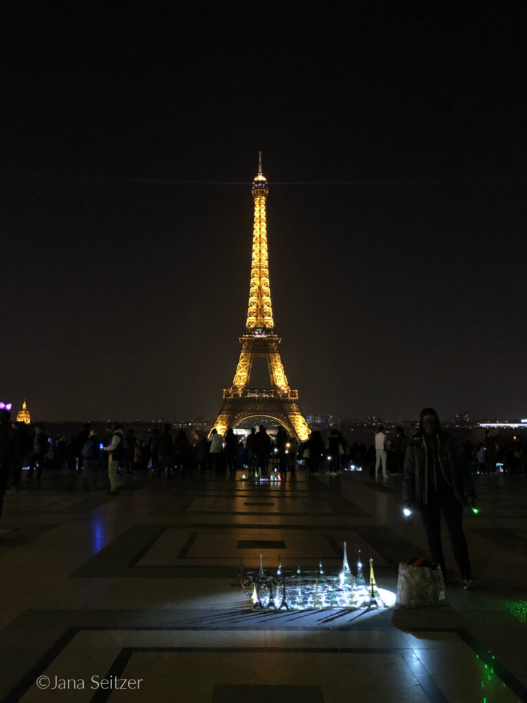 Trocadéro Eiffel Tower View eve