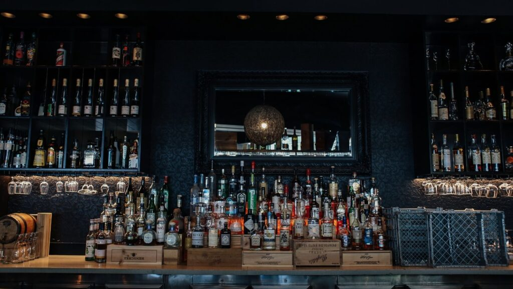 how to order bourbon at a bar