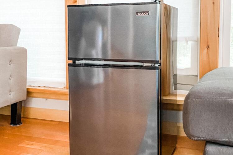 new air mini fridge